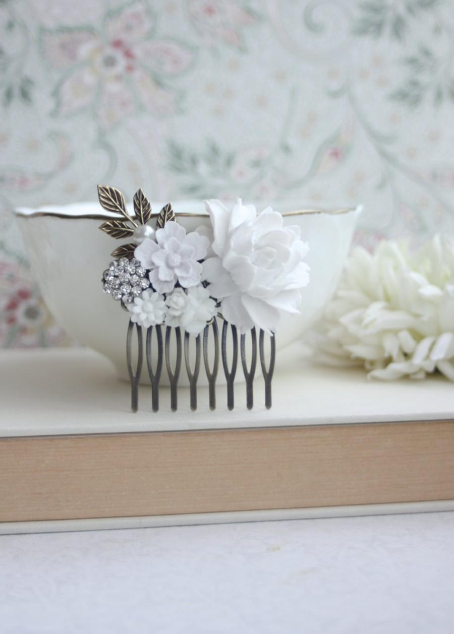 Mariage - White Flowers Comb, Rose, Pearl, Rhinestone Diamente, Brass Leaf Sprig, Pearl Antiqued Brass Hair Comb. White Vintage Style, Bridal Wedding