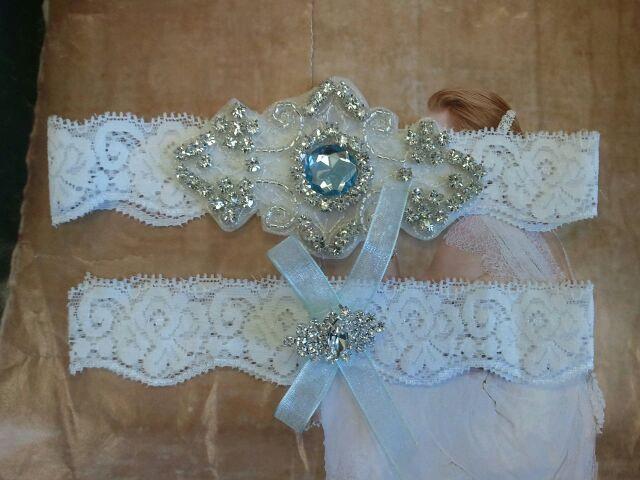 Свадьба - Wedding Garter, Bridal Garter, Garter Set - Something Blue Crystal Rhinestones  on a White Lace - Style G8881