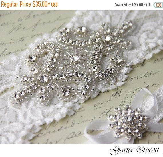 Mariage - 15% OFF Off White Lace Bridal Garter Set, Lace Wedding Garter, Personalized Garter, White Lace Garter, White Wedding Garter