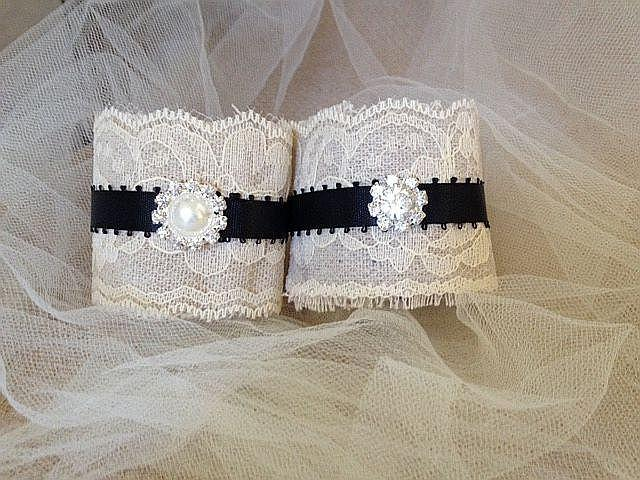 Wedding - Black and Ivory Napkin Holders for Country Weddings, Bridal or Baby Showers - Engagement/Rehearsal/Wedding Table Decor - Set of 25
