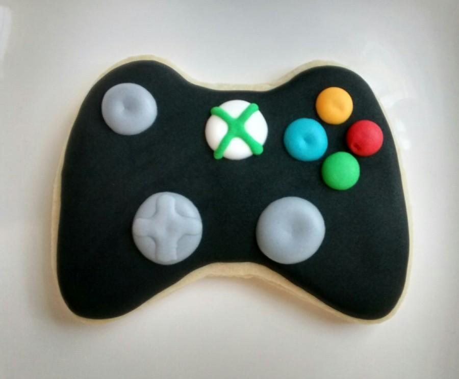 "Свадьба - Xbox game controller black mini 2"" sugar cookies or large  4 ""  with royal icing,game controller,remote control"