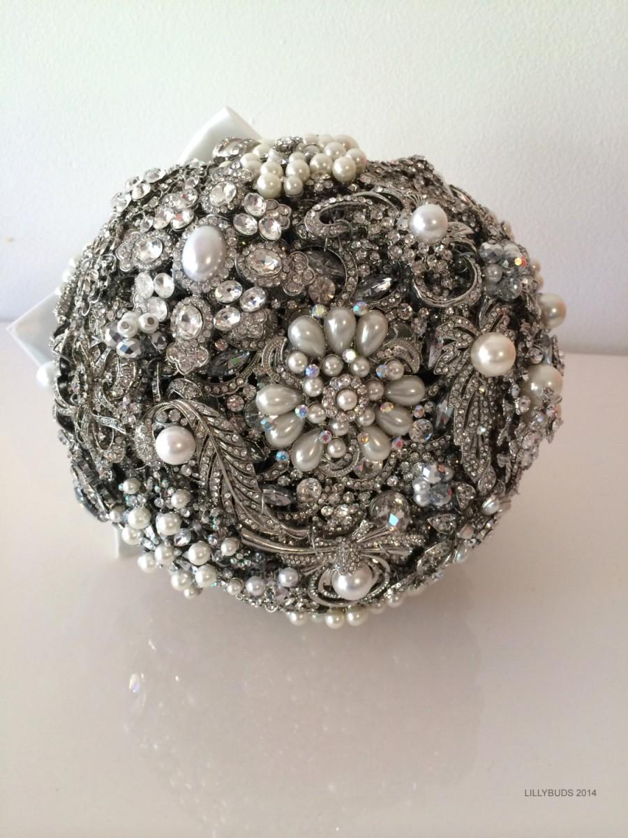 Mariage - Lillybuds The Lavish Silver and Pearl Wedding  Bouquet of Brooches Heirloom Bouquet.