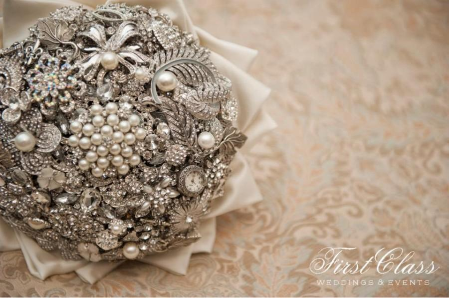 Mariage - Lillybuds The Adore Brooch Bouquet