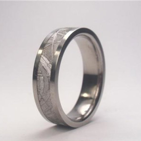 زفاف - Mens Meteorite Wedding Band, Mens Titanium Ring, Meteorite Ring, Mens Meteorite Ring, Meteor Ring, Titanium Wedding Band