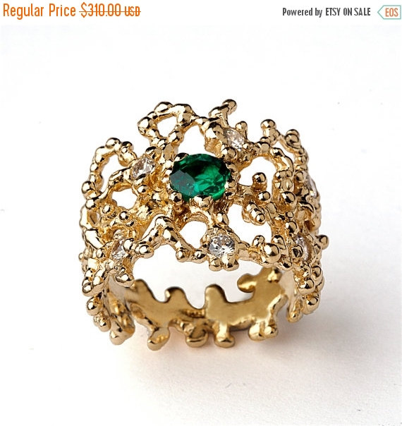 SALE OFF CORAL Yellow Gold Emerald Ring Green Emerald