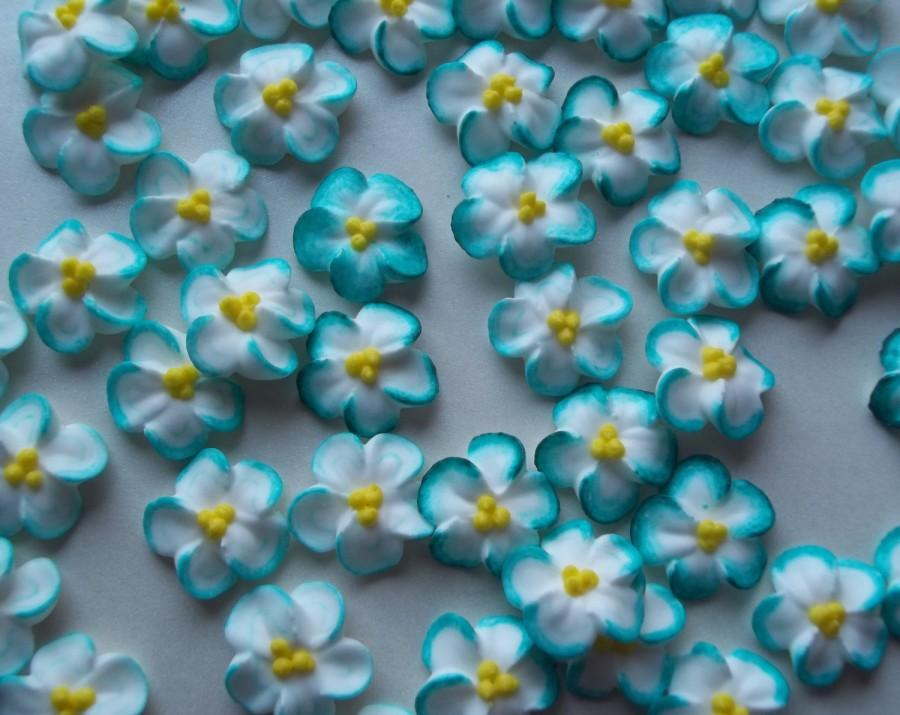 How To Decorate Cake With Icing Flowers
