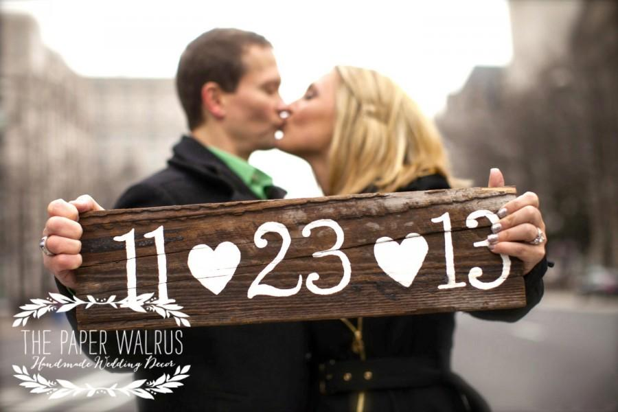 Boda - Wooden Save The Date Sign, Wedding Date Sign, Engagement Photo Prop Sign, Rustic Wooden Wedding Sign