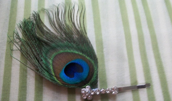 Свадьба - Peacock Feather Hair Pin With Rhinestones