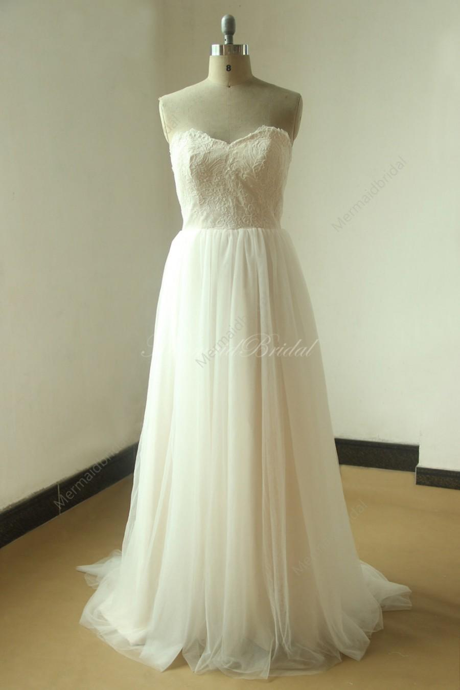 Roamantic flowy ivory lace a line beach destination for A line wedding dresses sweetheart neckline