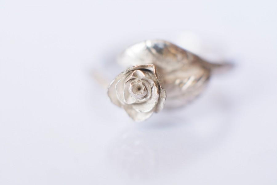 Hochzeit - Rose Flower Ring - Elvish Swirly Leaf Sterling Silver Engagement Ring