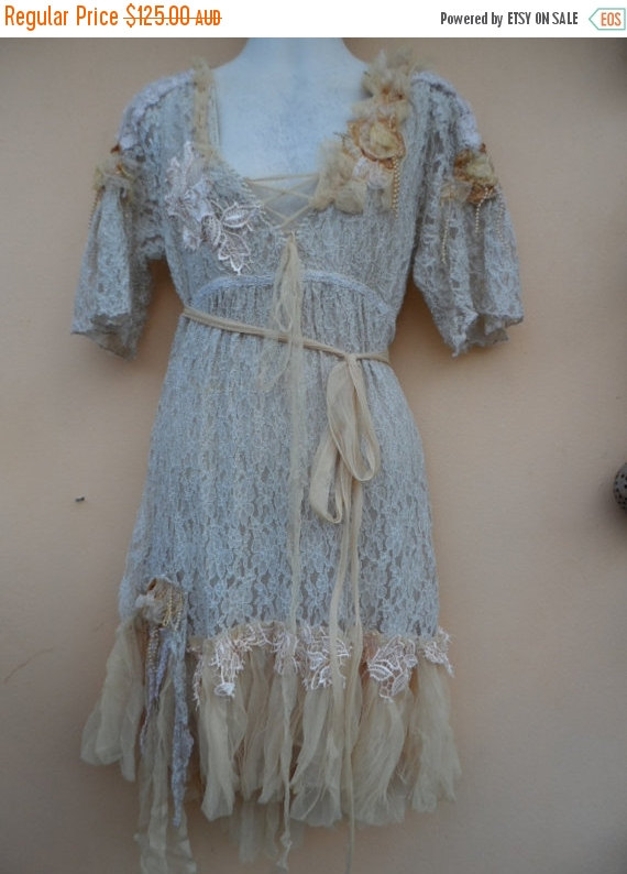 "Mariage - 20% OFF vintage inspired lagenlook lace dress,,,medium to 40"" bust..."