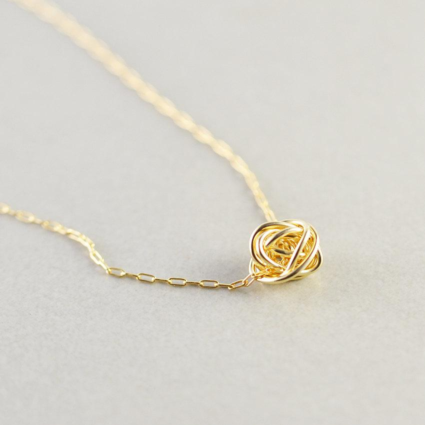 Свадьба - Gold Knot Necklace, Knotted Jewelry, Bridesmaid Gift , Love Knot Necklace