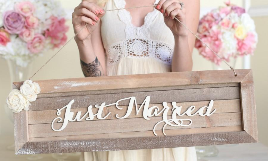 Mariage - Rustic Just Married Wedding Sign Country Barn Wood NEW 2014 Design by Morgann Hill Designs (Item Number MHD20045)