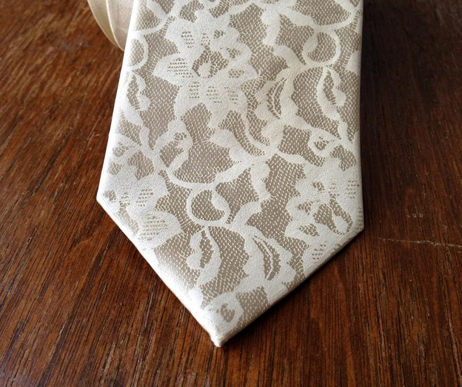 Hochzeit - Boudoir Lace men's necktie. 100% silk tie, ivory cream print. Your choice of color and width. Champagne, latte, pale copper & more.