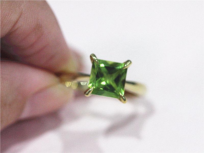 Свадьба - 14K Yellow Gold 7mm Princess Cut Peridot Ring Engagement Ring Wedding Ring Amethyst Engagement Ring Birtstone Ring Birthday Gift