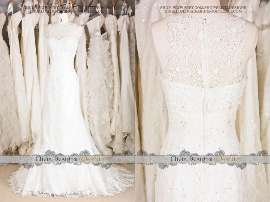 Vintage lace mermaid wedding dress illusion neckline for Bohemian mermaid wedding dress