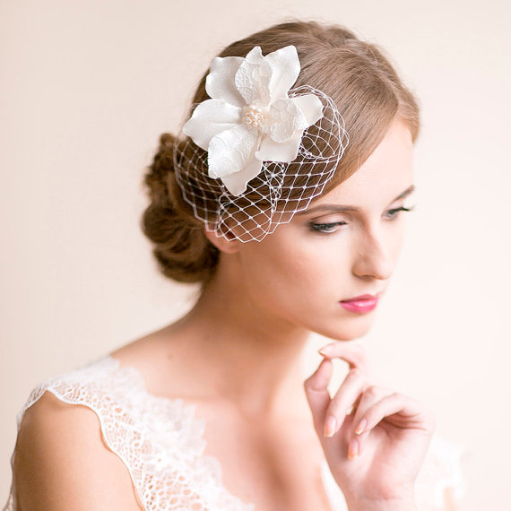Wedding - Bridal Fascinator with Magnolia Flower - Bridal Headpiece - Wedding Fascinator - Bridal Hair Accessories - Birdcage Fascinator - Ivory