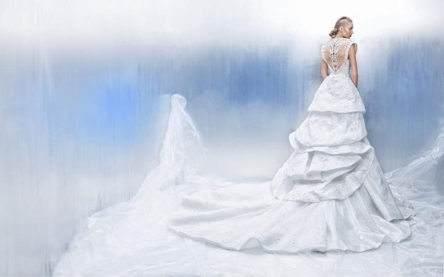 Wedding - تصميمات فساتين زفاف