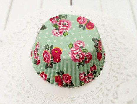 Wedding - Vintage Mint Green Floral Cupcake Liners (50)