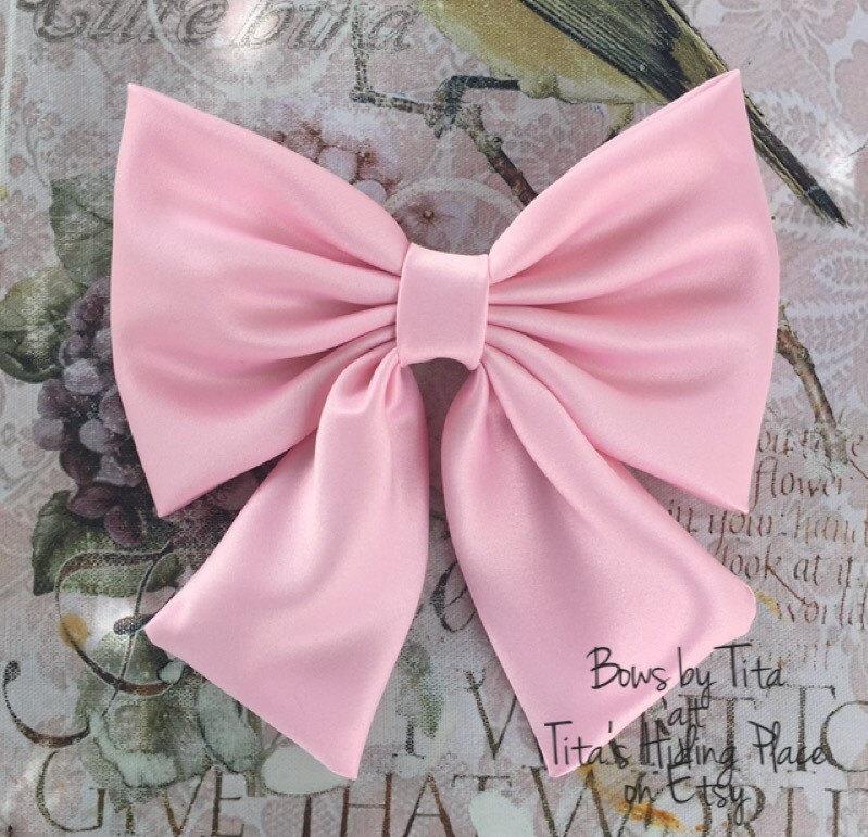 Pink Bow cf4724ff6e1