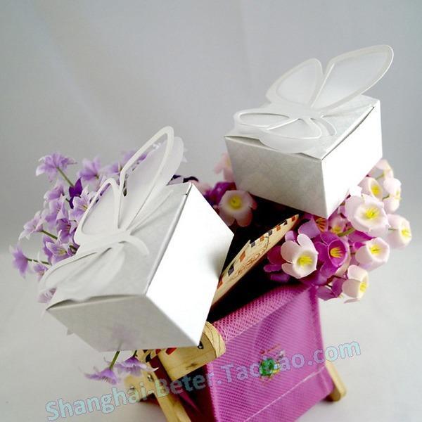 Mariage - 12pcs小清新DIY蝴蝶糖果纸盒子TH037结婚糖盒喜糖袋Asian Favors