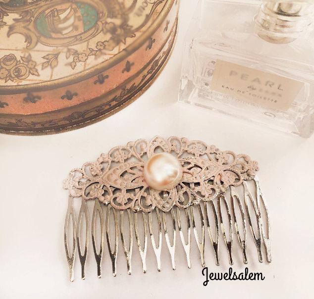 Mariage - Pink Wedding Hair Comb Romantic Blush Bridesmaid Pearl Hair Slide Elegant Pastel Pink Bridal Comb Headpiece Soft Pink Vintage Style Wedding