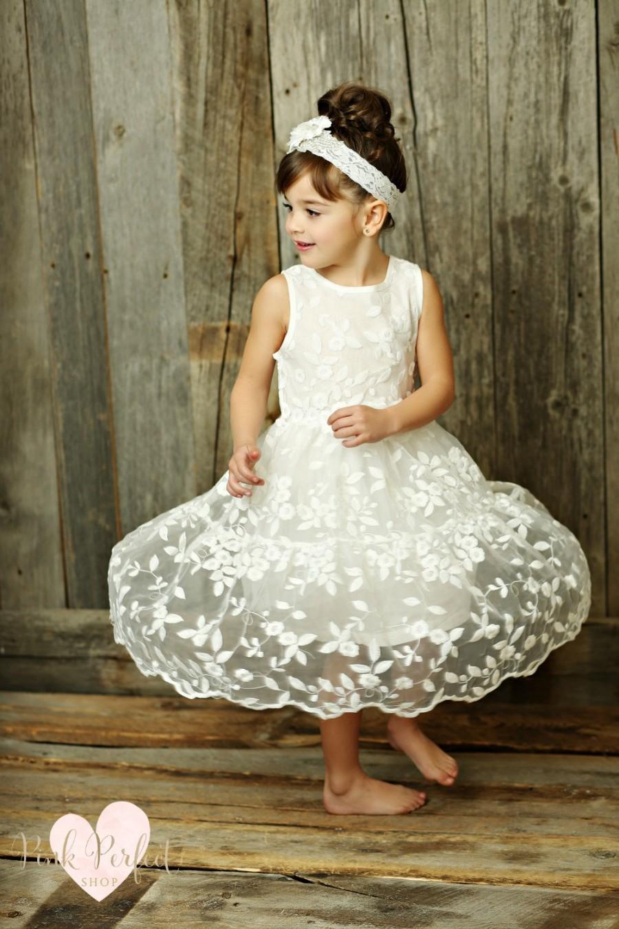 Mariage - Flower Girl dress,girls lace dress,lace flower girl dress, Champagne lace dress, rustic flower girl dress,Country flower girl dress.