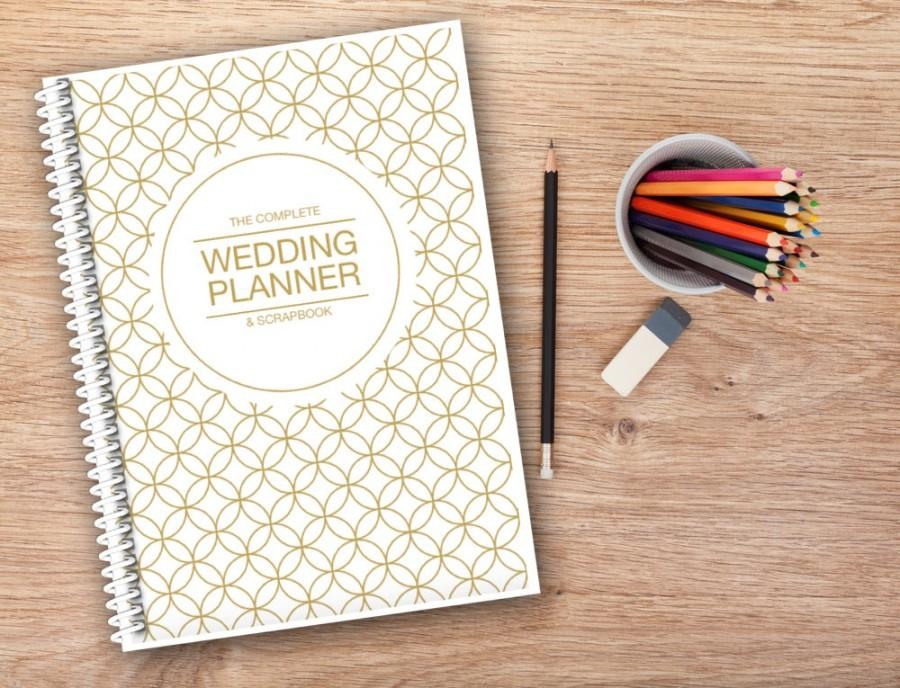 Mariage - Wedding Planner Binder- Plan your wedding your way 150 page planner, Gold cover