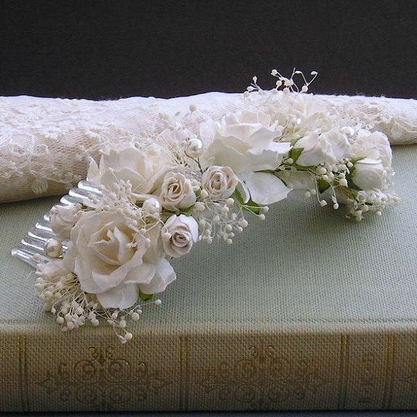 Mariage - Ivory Floral Hair Comb With Pearl Detail And Hints Of Babies Breath, Bridal Hair Comb, Brides Back Piece, Wedding Headpiece