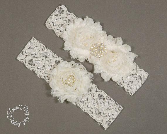Свадьба - Wedding Garter Ivory Sale Bridal Garter Ivory Vintage Garter Ivory Lace Garter Shabby Flowers Garter Ivory Rustic Garter Set Prome Garter