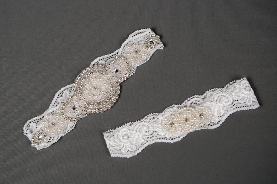 Свадьба - SALE - Wedding Garter Set, Pearl and Rhinestones Garter Set on Ivory Lace, Garter Set with Pearl and Rhinestones