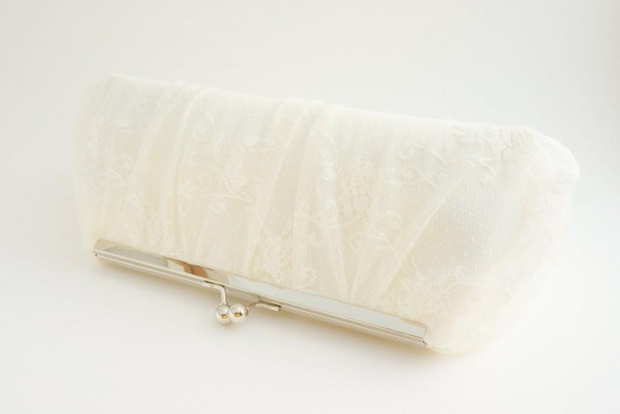 Mariage - Gorgeous Ivory Lace Bridal Clutch - Wedding Handbag - Romantic Evening Bag -Includes Crossbody Chain - Custom Clutch - Made to Order