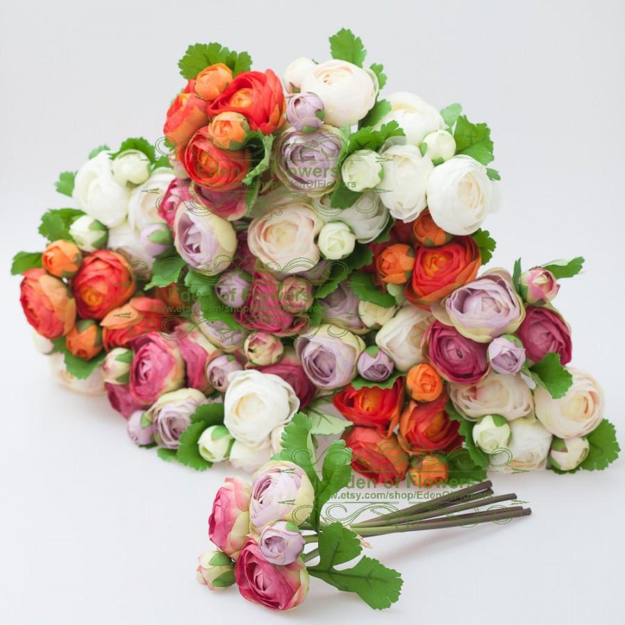 Mariage - 1 Bunch Silk Ranunculus faux flowers for Wedding Bouquets, Home Decoration, Centerpiece, Permanent Botanical Arrangement