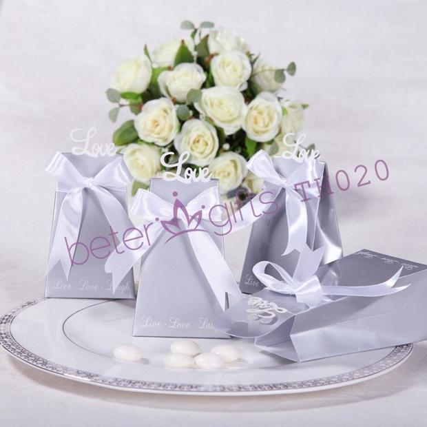 Hochzeit - Aliexpress.com : ซื้อสินค้า108ชิ้นBeter W Eddingขายส่งForever Loveไอคอนกล่องที่ระลึกงานแต่งงานTH020ถุงขนม จากผู้ขายที่แกนถุง เชื่อถือได้บน Shanghai Beter Gifts Co., Ltd.