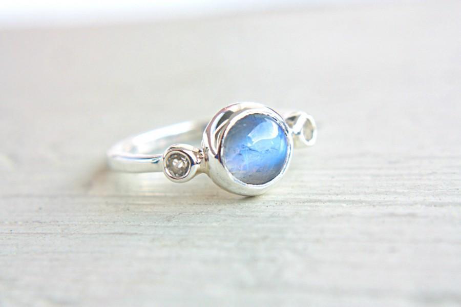 زفاف - Moonstone and Topaz Ring Sterling Silver Moonstone Engagement Ring White Topaz Promise Ring Silversmithed Metalsmithed