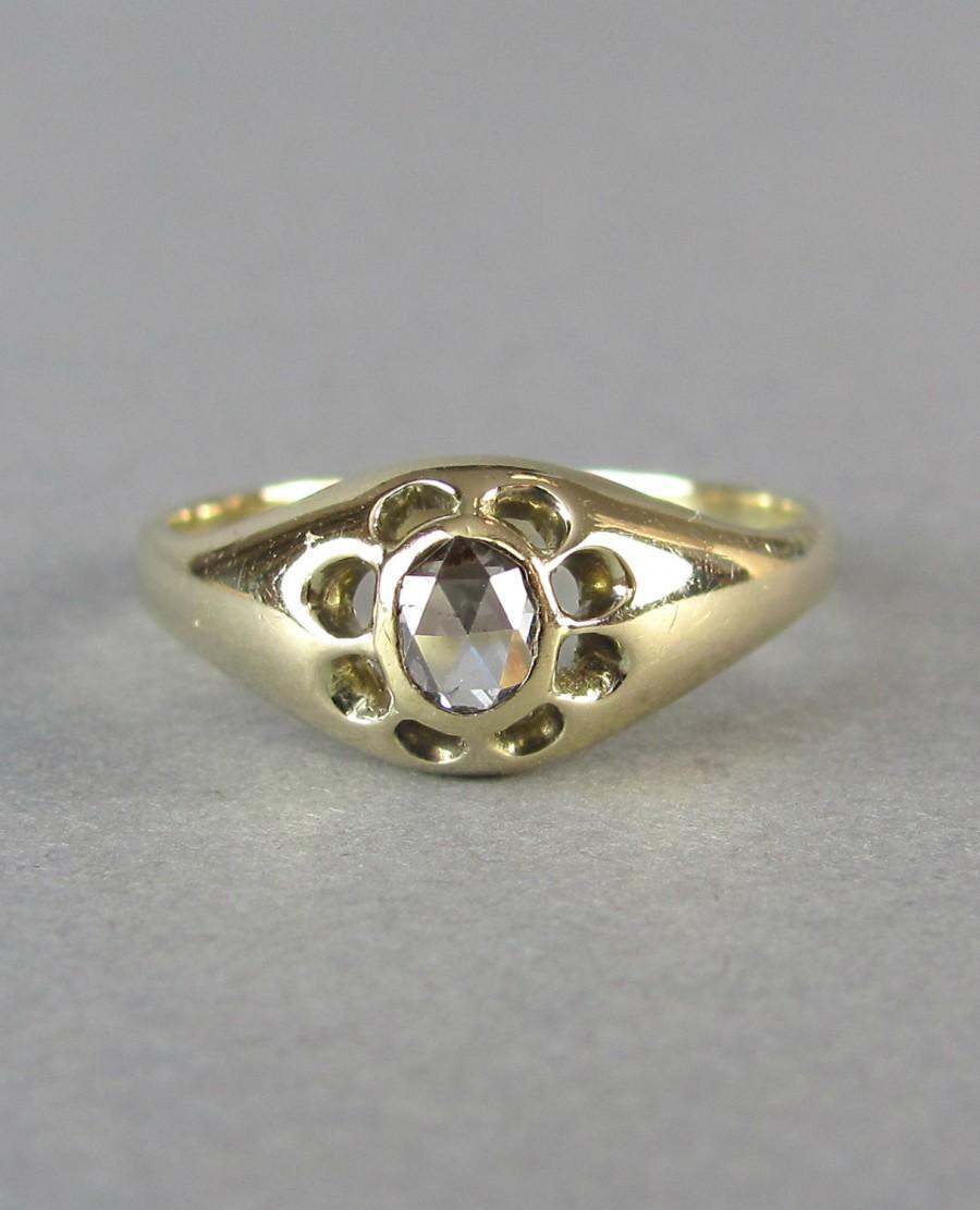 Hochzeit - VICTORIAN antique rose cut diamond solitaire engagement ring, unique solid gold wedding ring.