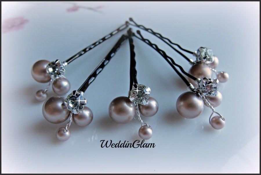 Hochzeit - Bridal Hair Pins, Wedding Hair Accessories, Swarovski Champagne Pearls Rhinestones, Bridesmaid Hairdo, Flower clip, Maid of honor gift