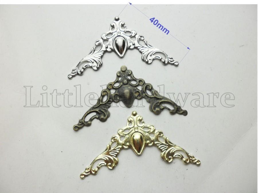 Hochzeit - Wholesale 3 Color crown box corners, metal Decorative Corner Bracket for Chest Case Box   -With 8/16/40/100 Pcs