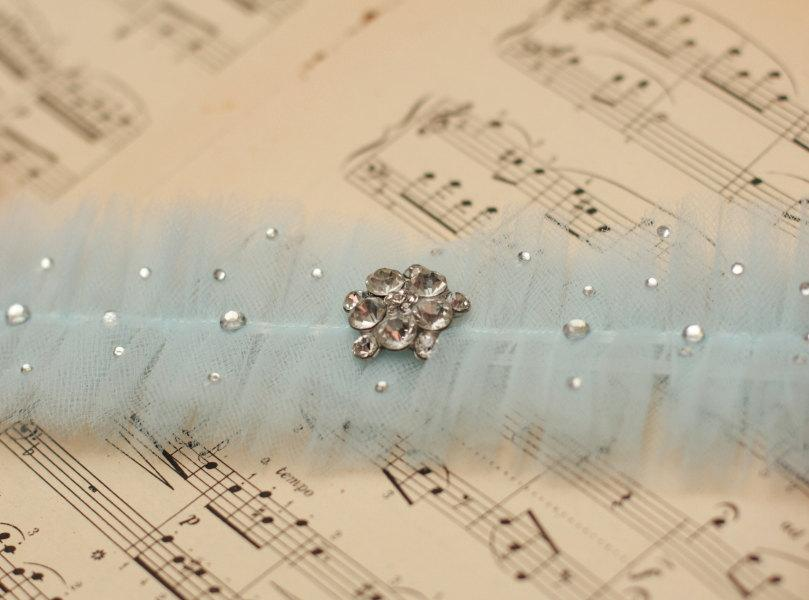 Свадьба - Wedding Garter Blue Tulle with crystals - Something Blue