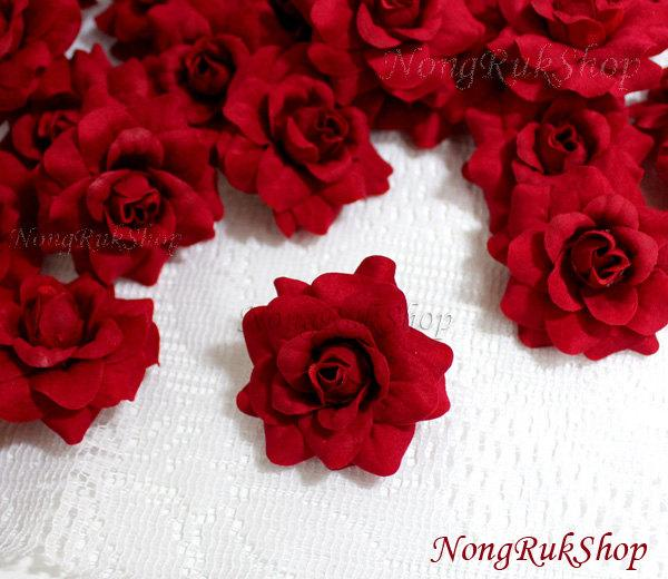 Mariage - 24 Red Roses Artificial Silk Flower Heads for Wedding , Bridal Hair Clip, Bag, Shue Decorate