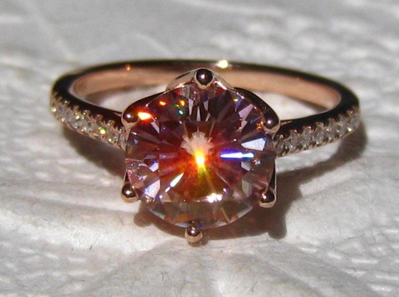 Mariage - Pink Moissanite Engagement Ring, Rose Gold Engagement Ring, Peachy Pink Moissanite Rose Gold Lily Diamond Engagement Ring