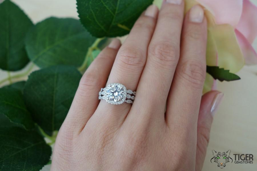 in charlotte ring gold wedding kara white hand bands products engraved kirk and set carat carats grande round band collection featuring diamonds img cut from the diamond baguette anniversary