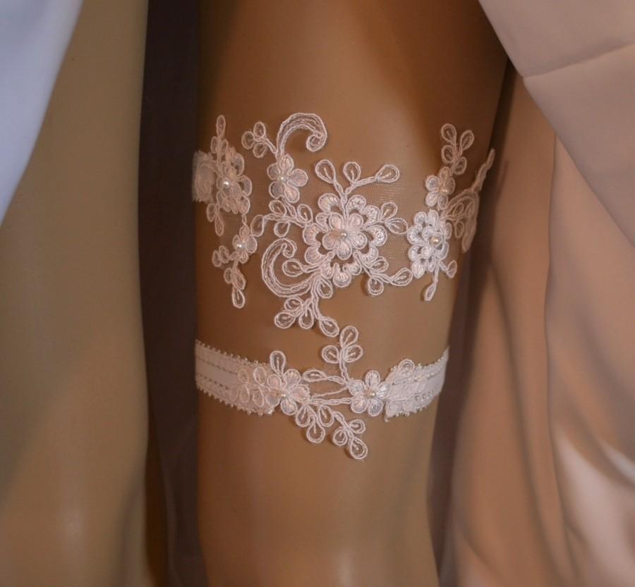 Lace Wedding Garter Set Ivory Or White Bridal Belt With Pearls Vintage Style
