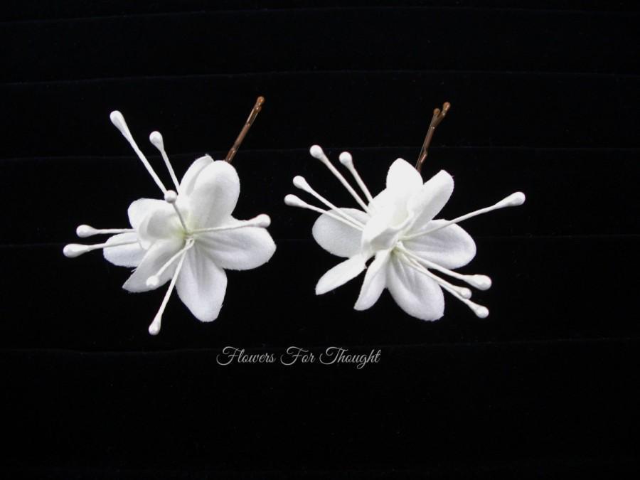 Hochzeit - Bride Hairpins, White Wedding Flower Hair Accessory, Stephanotis style Bloom for Hair, Bridal Hairstyle updo, FFT original design