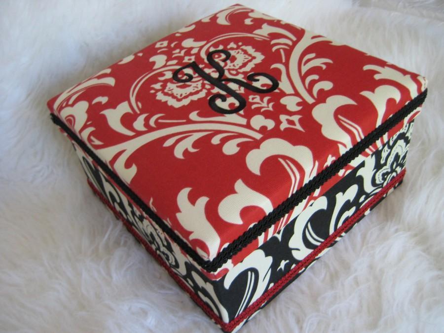 Mariage - Shoe/ Veil/ Keepsake/Gift Box Pick Your Colors (Monogram Available)