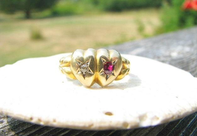Свадьба - Antique Ruby Diamond Ring, Victorian era Sweetheart Ring, Hallmarked 1898, Solid 18K Gold, Charming and Lovely Condition