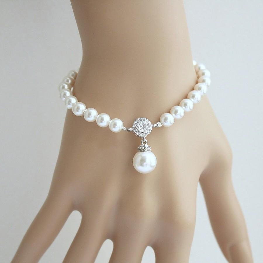 Mariage - Bridal Pearl Bracelet Wedding Jewelry Pearl Wedding Bracelet White OR Cream Swarovski Pearl Drop Bridesmaid Bracelet, Alena