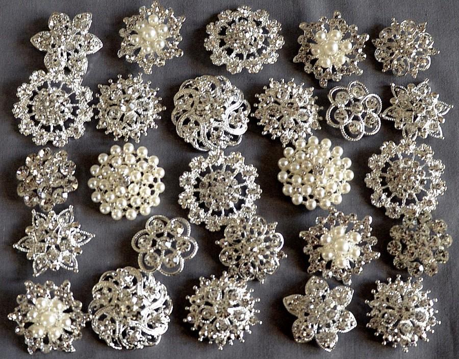 Mariage - 10 Large Assorted Rhinestone Button Brooch Embellishment Pearl Crystal Button Wedding Brooch Bouquet Cake Hair Comb DIY KWBT165