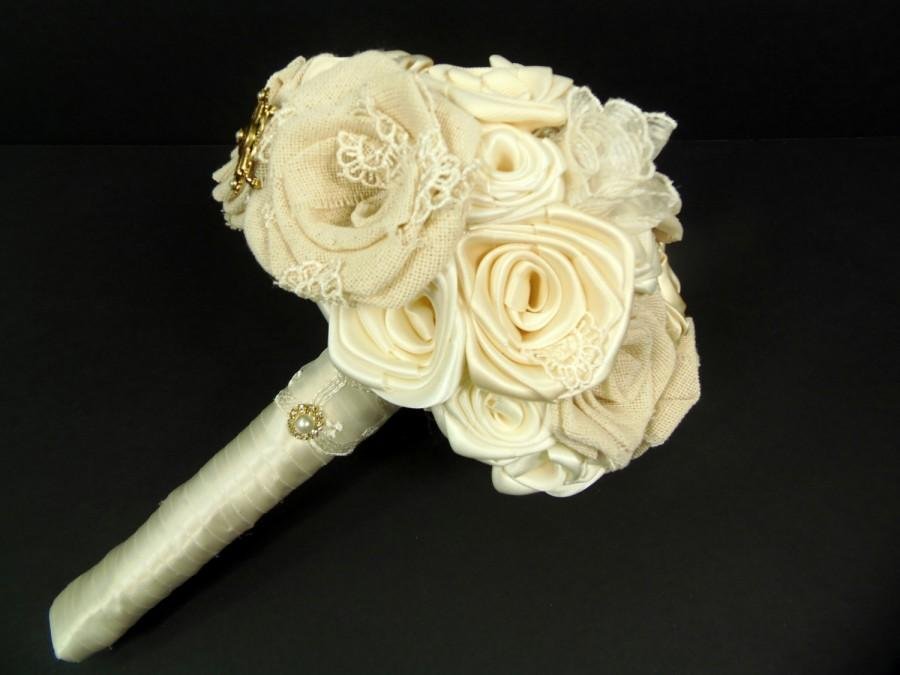 Mariage - Natural Linen, Silk, & Satin Rustic Refined Ivory Bridal Bouquet