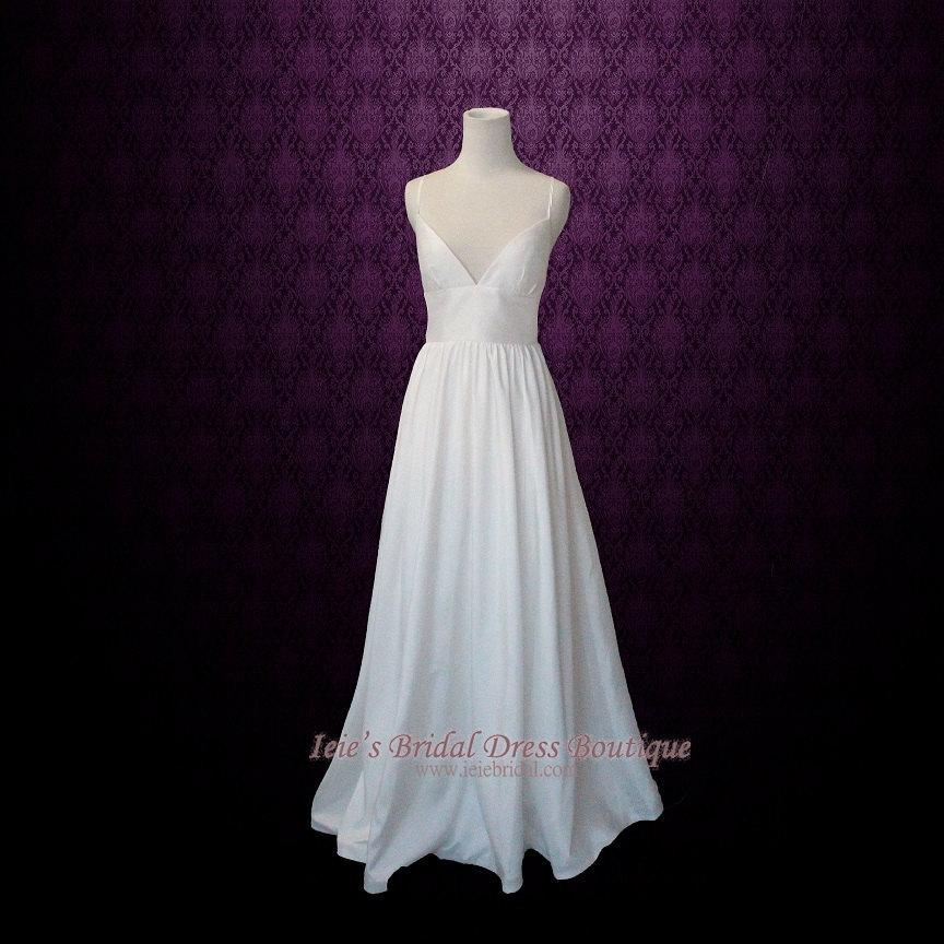 a25653fabc Simple Yet Elegant Slim A-line Wedding Dress with Sweetheart Neck Line and  Low Back